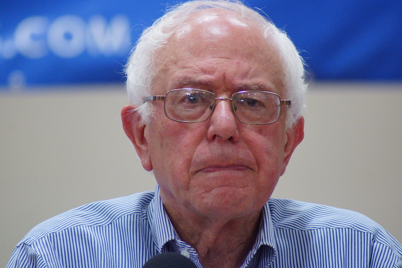By Marc Nozell from Merrimack, New Hampshire, USA (bernie-sanders-franklin-nh-20150802-DSC02607) [CC BY 2.0 (http://creativecommons.org/licenses/by/2.0)], via Wikimedia Commons